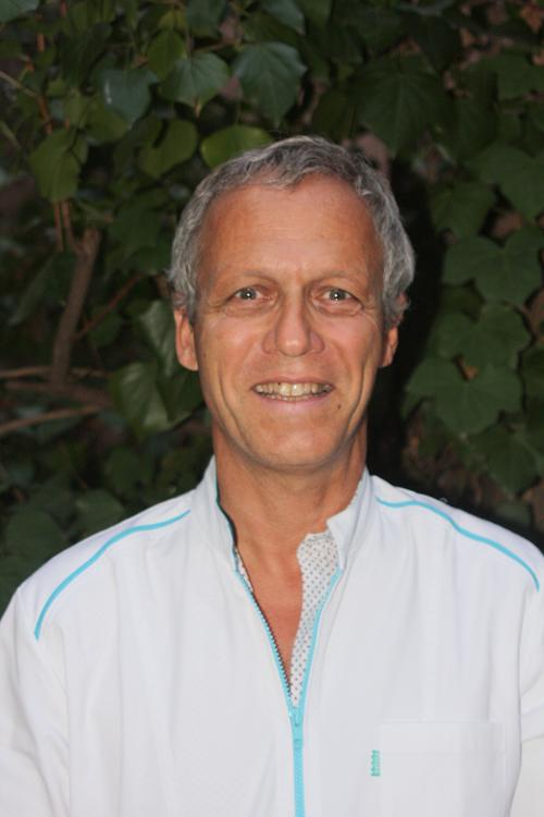 Dr Gerard RUF